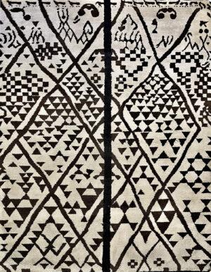 Beige carpet in Berber style made of wool